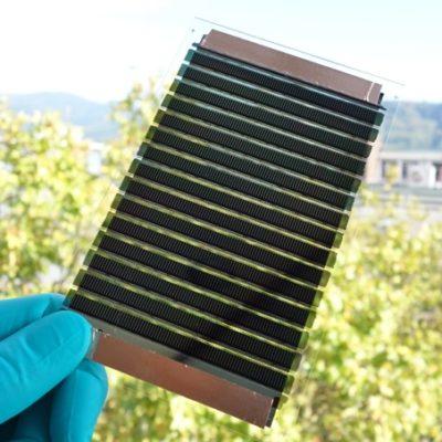 PROOF: Organische Photovoltaik-Dachelemente für gewerbliche, industrielle und Logistikgebäude
