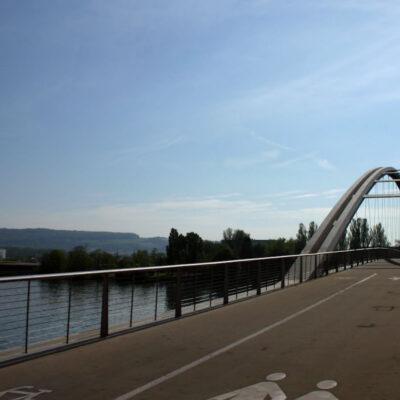 Bau einer Fussgänger- und Radfahrerbrücke über den Rhein zwischen Weil am Rhein und Huningue