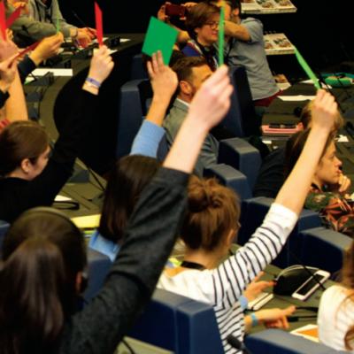 Grenzüberschreitendes Schülerparlament Luft-Klima-Energie